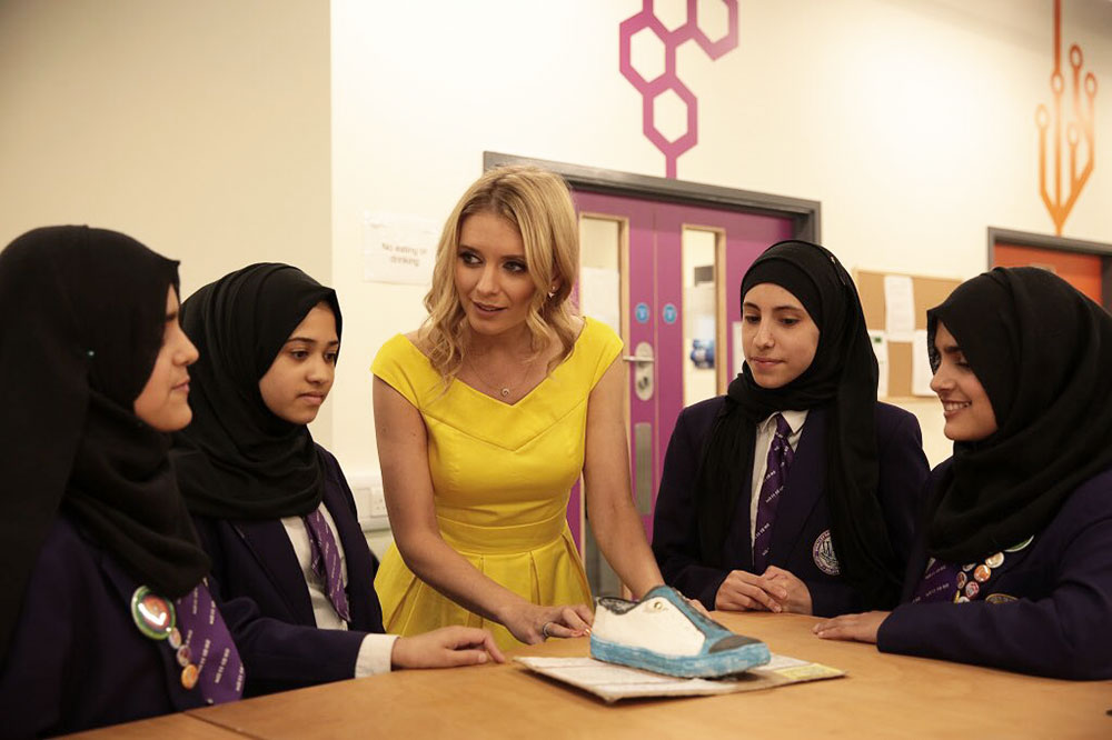 Our Bright Ideas team discuss their idea with Rachel Riley. Photo courtesy of: @RachelRileyRR